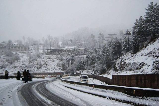 Murree-Expressway-Covered-Snow