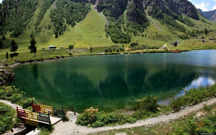 rainbow-lake