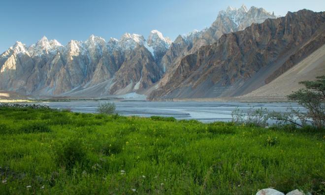 hunza-valley-pakistan.adapt.1190.1