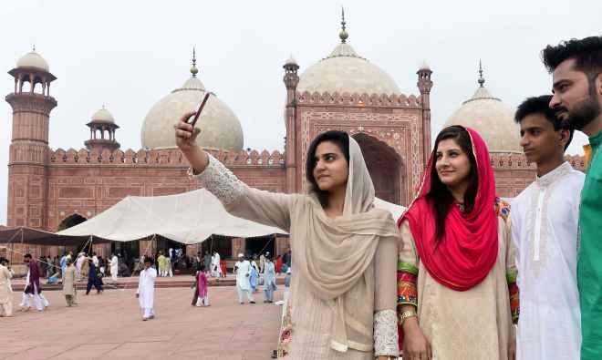 PAKISTAN-RELIGION-ISLAM-EID